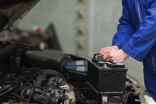 changing-your-car-battery