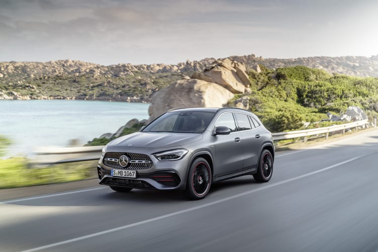 Mercedes-Benz-GLA-front-action